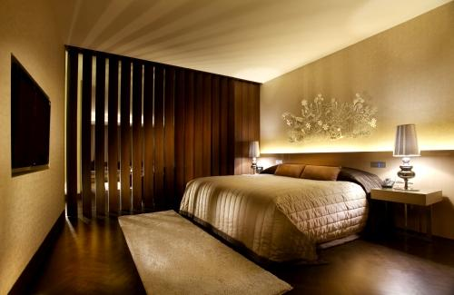 adl supply blog how to light hotel rooms to brighten guest